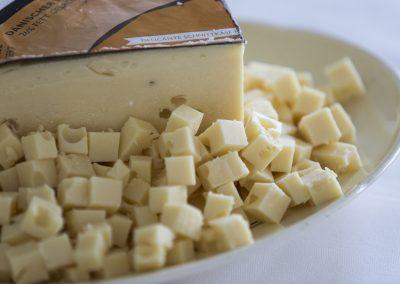 """Kampagne for EU og Mejeriforeningen, """"Ost & ko"""" og skal stimulere interessen for ost i fire lande. Mandag afholder vi et symposium for 70 mennesker, mediefolk og ostebranchefolk."""