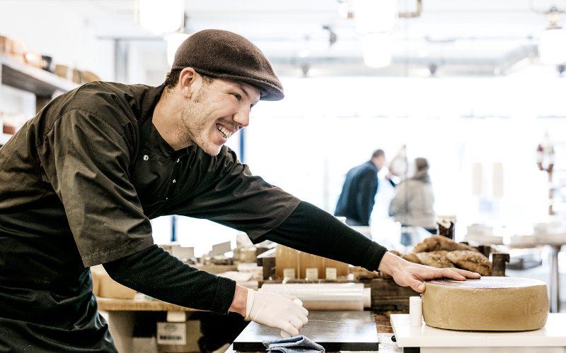 Ny ostehandel i Kødbyen arrangerer osteskole