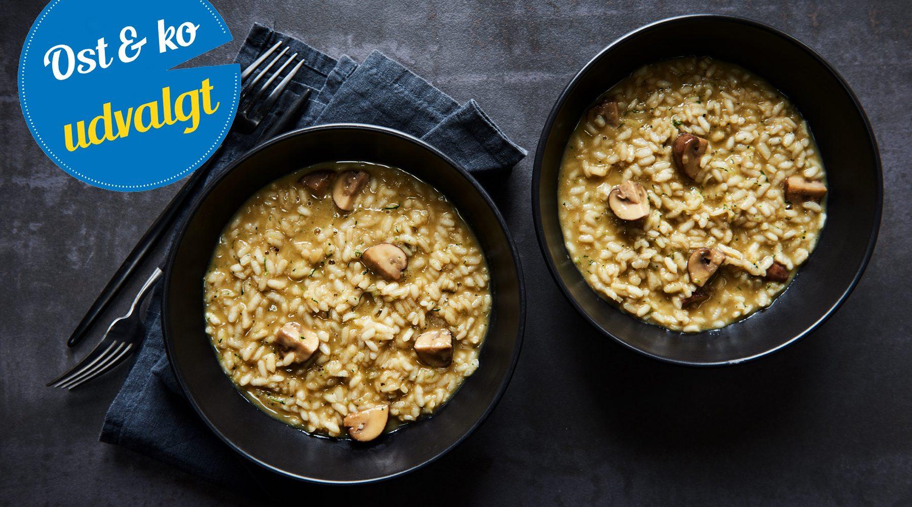 Risotto med squash og svampe kogt med parmesanskorper