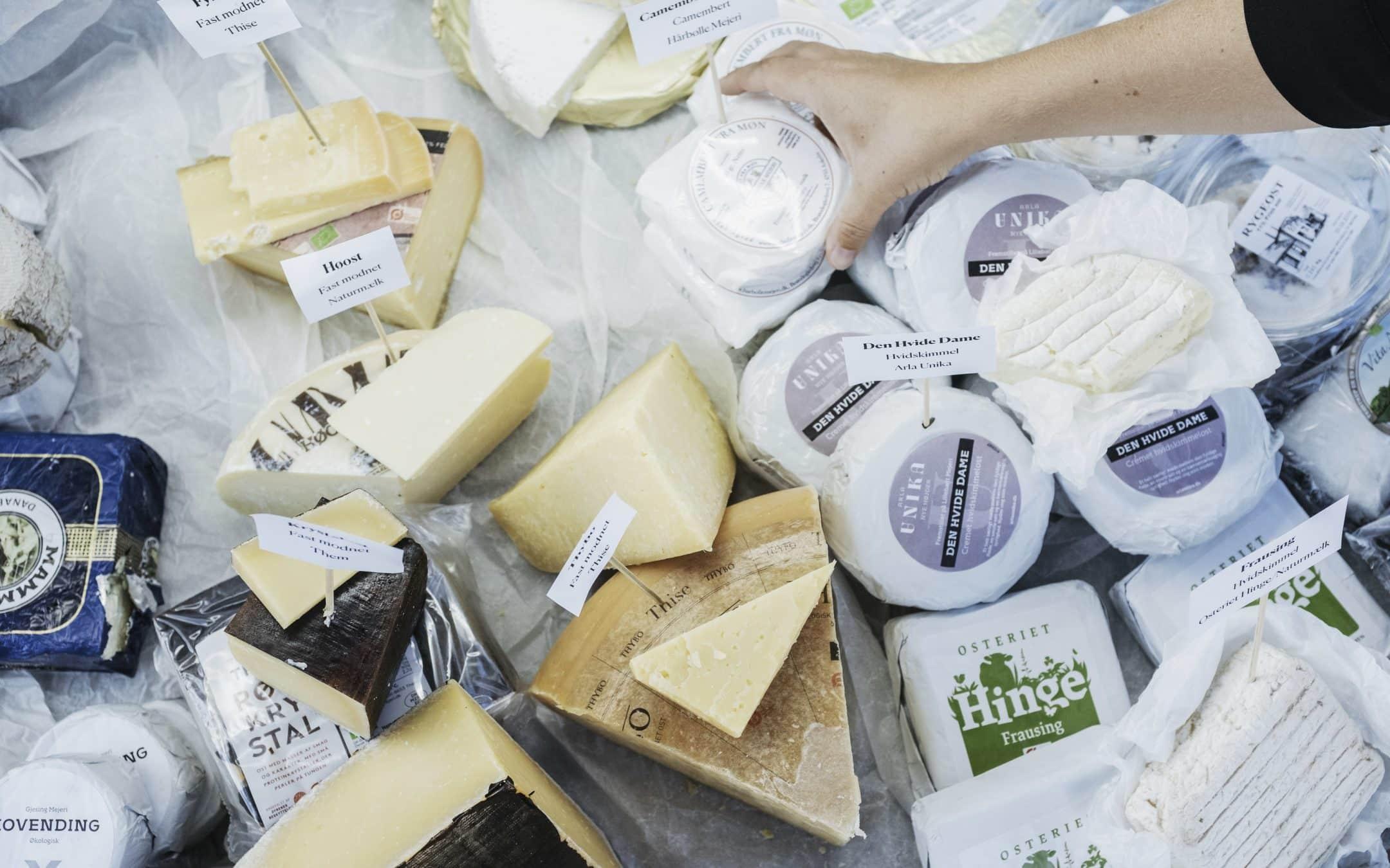 Ostehandlerne anbefaler oste til dit julebord