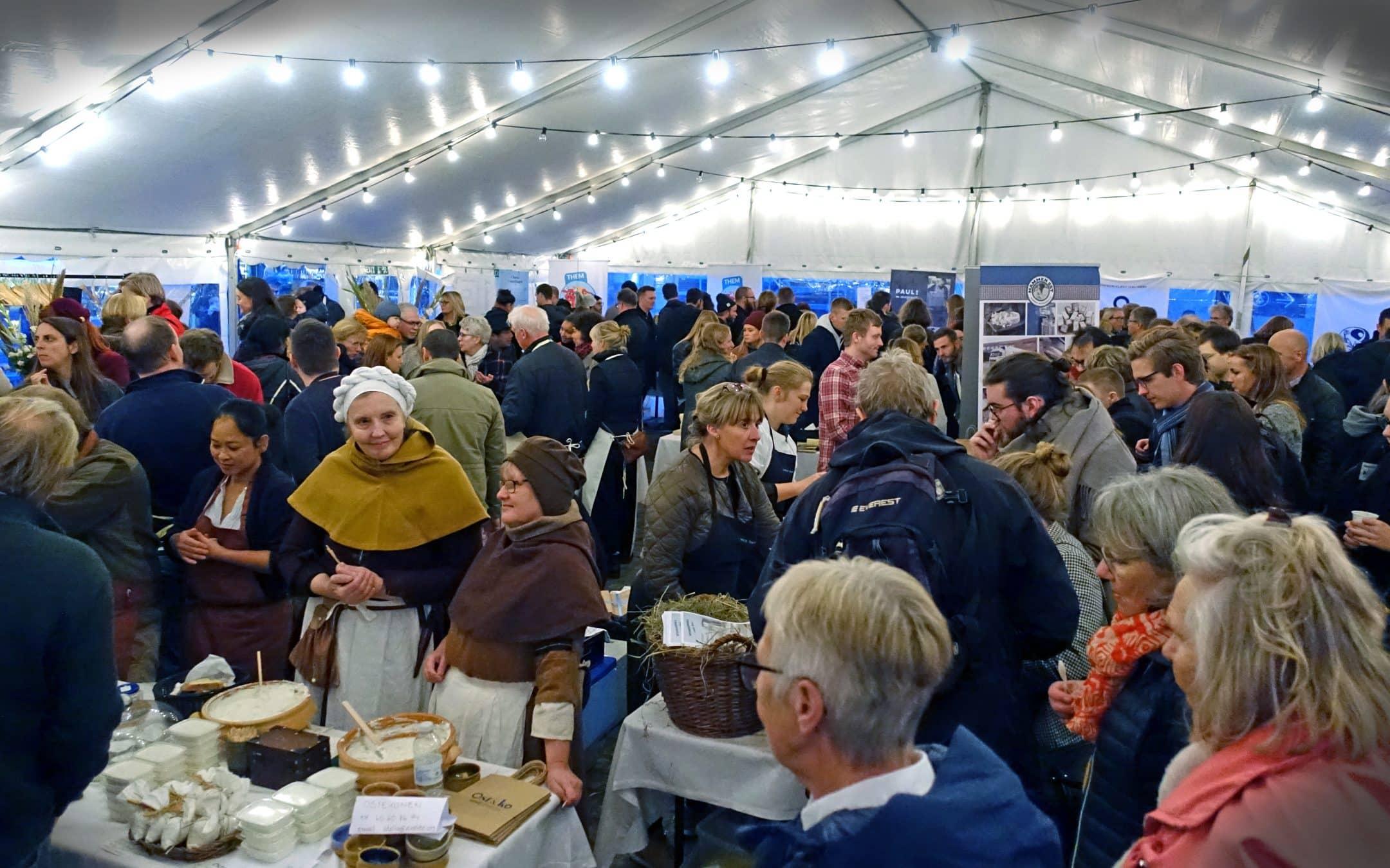 850 osteelskere kom til ostefest i København
