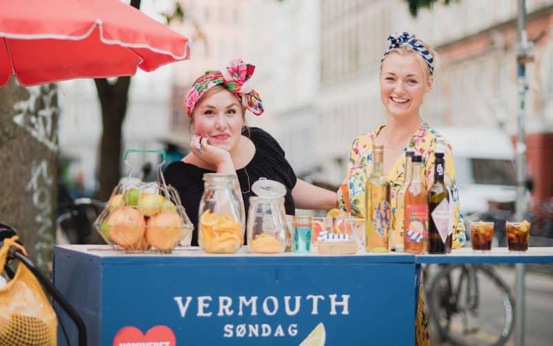 Vermouth Søndag med osteblinis