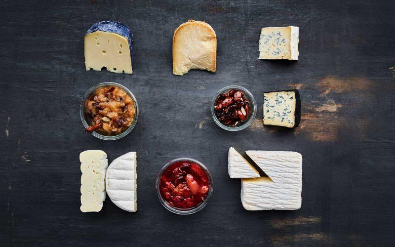 Ostebord til jul: Sådan sammensættes den bedste ostetallerken