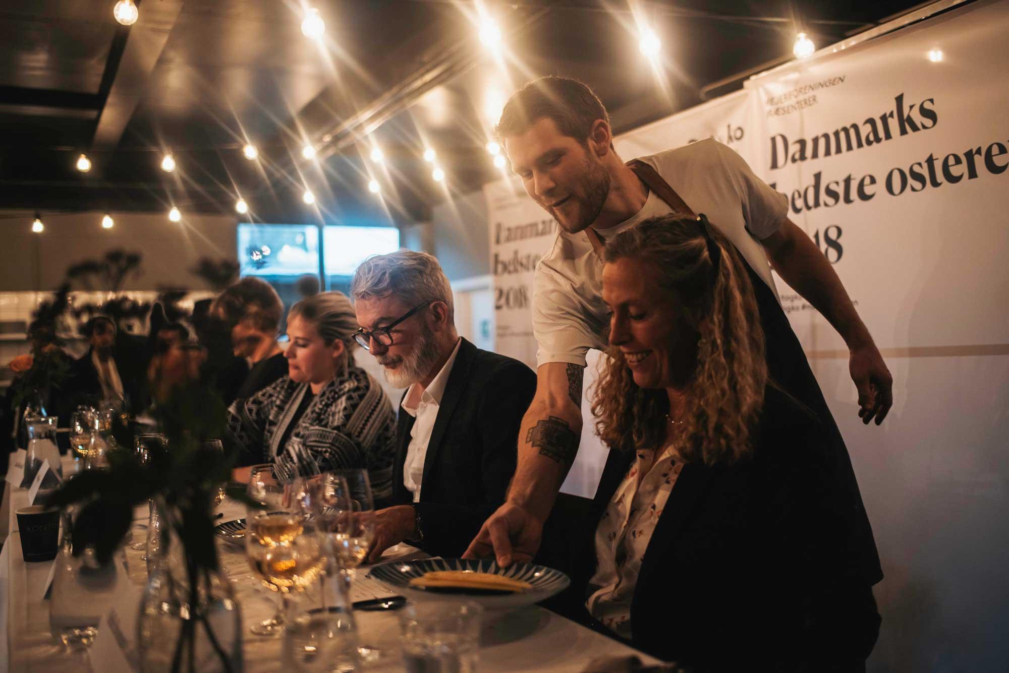 9 topkokke dyster om at skabe Danmarks bedste osteret 2020