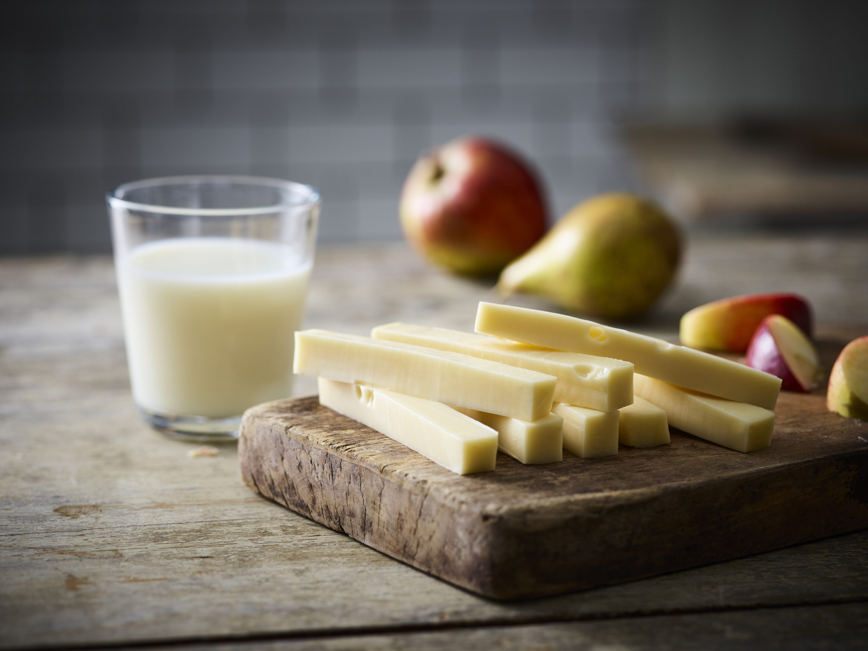 Fakta om corona: Covid-19 får danskerne til at købe mere ost