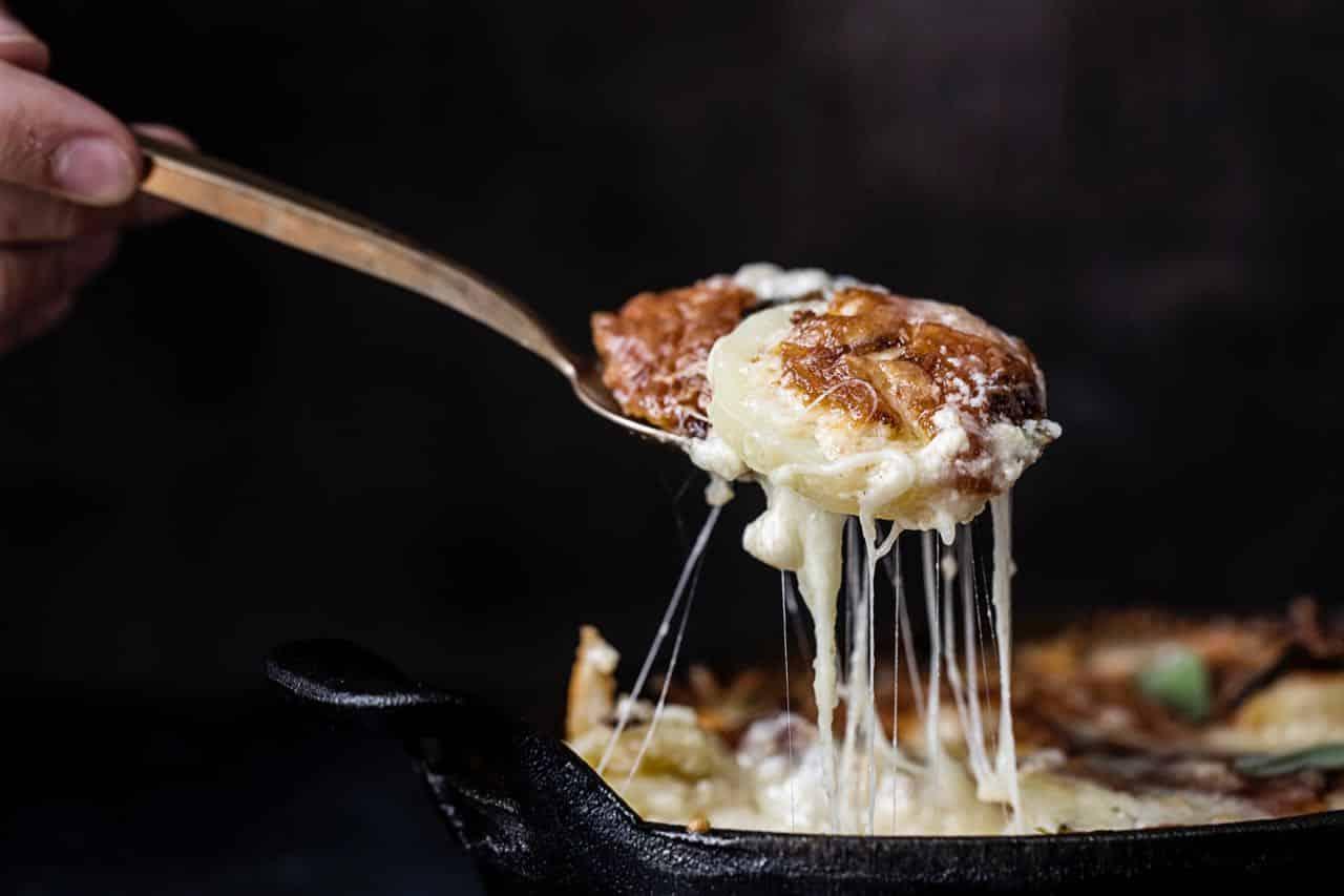 Hvilken ost smelter bedst?
