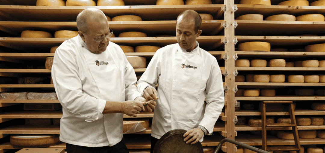 Din ostehandler – fra importfokus til dansk topkvalitet